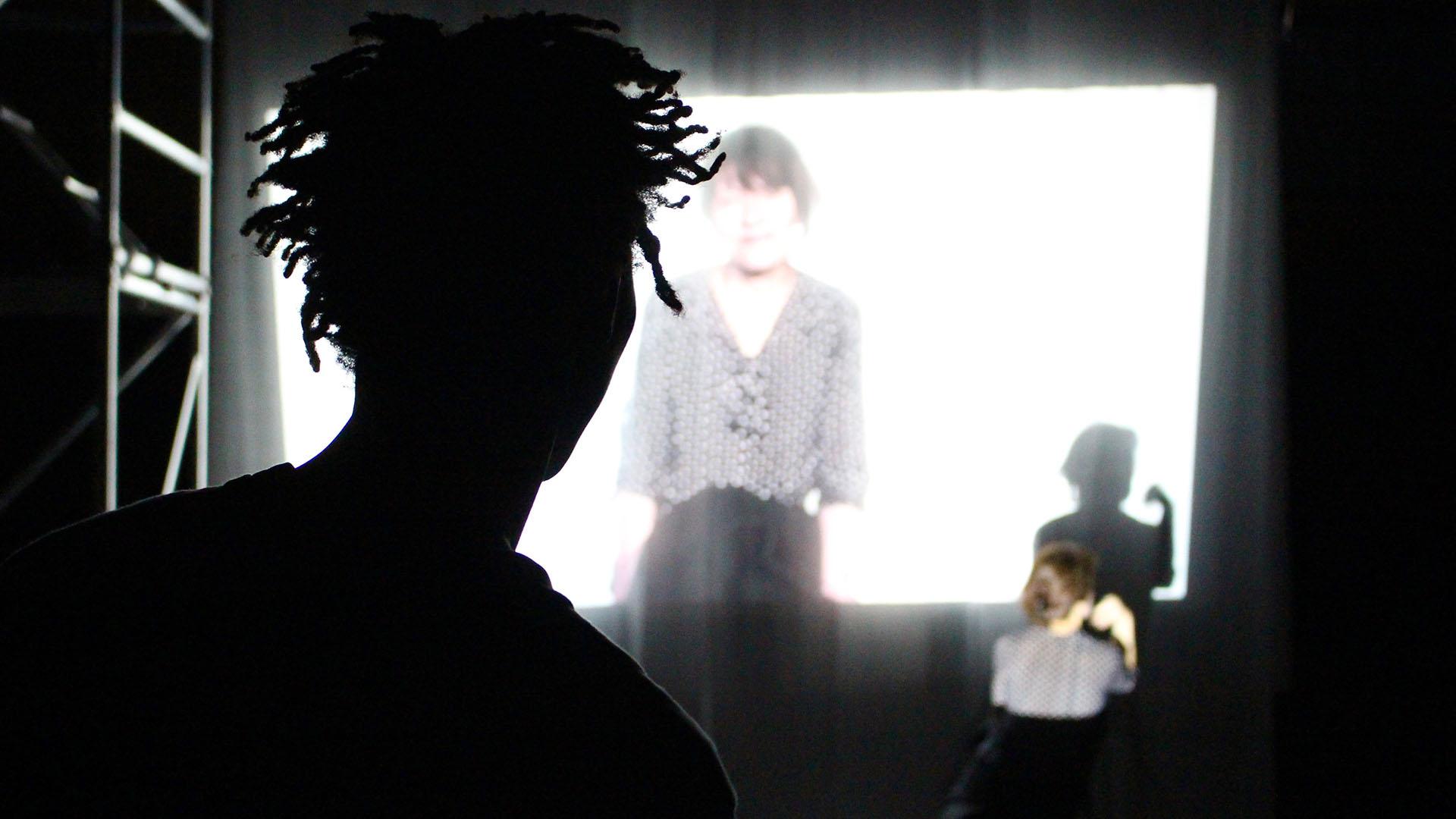 Un tournant dans ma vie (Réalisation de performances vidéo-danse avec la MJC de Saint-Geneviève-des-Bois)